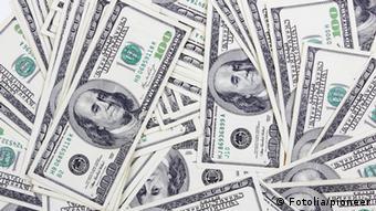 Dollarnoten (Fotolia/pioneer)