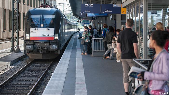 Trem na estação de Essen, no oeste da Alemanha