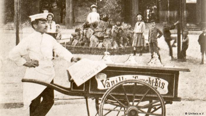 Eiswagen in Wien um 1900