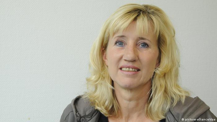 Die Schriftstellerin und Hochschulprofessorin Ines Geipel gehörte zu den besten Sprinterinnen der DDR, war Weltrekordlerin, Dopingopfer und Republikflüchtling, aufgenommen am 03.06.2012 in Köln. Foto: Horst Galuschka