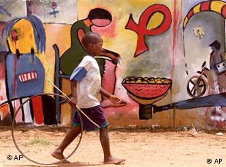 O número de crianças infectadas com o vírus HIV/SIDA diminuiu entre 2006 e 2011, na África do Sul, de forma significativa, segundo Pedro Chequer