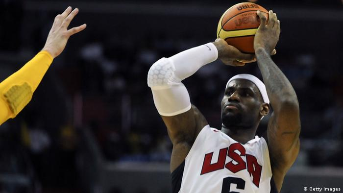 Basketballer LeBron James in Aktion
