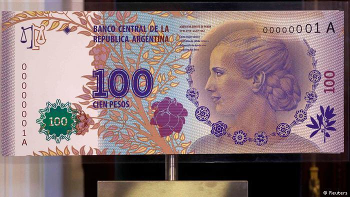 Cristina Fernandez enthüllt neuen argentinischen Geldschein 2012 (Reuters)