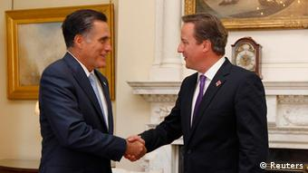 U.S. Republican Presidential candidate Mitt Romney meets with British Prime Minister David Cameron at 10 Downing Street in London, July 26, 2012. REUTERS/Jason Reed (BRITAIN - Tags: POLITICS)