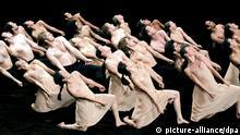 Deutschland Tanz Theater Tanzabend von Pina Bausch in Wuppertal Aufführung in Kairo