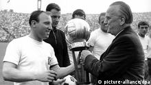 Uwe Seeler accepting the footballe of the year award 1964