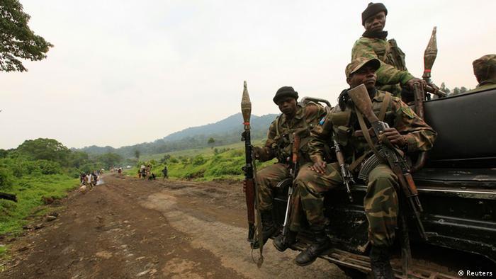 Wanajeshi wa serikali wakielekea mstari wa mbele kuulinda mji wa Goma.