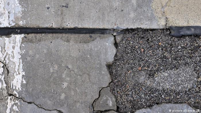 Gebrochenes Beton-Trakwerk