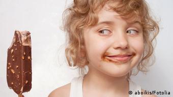 Djevojčica sa sladoledom