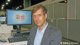 Holger Wicht de la organización AIDS-Hilfe