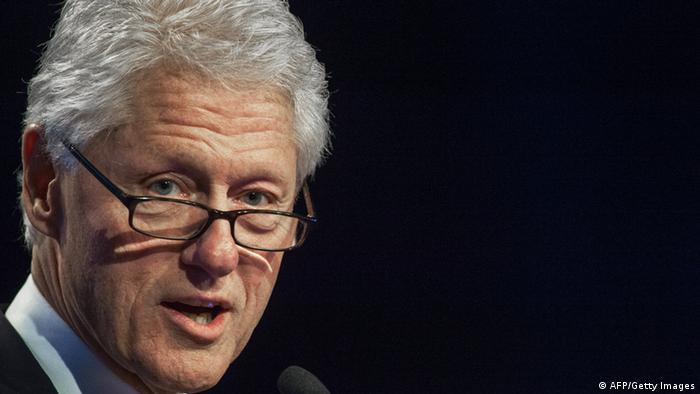Rais wa zamani wa Marekani, Bill Clinton, akifunga mkutano wa kimataifa wa Ukimwi.