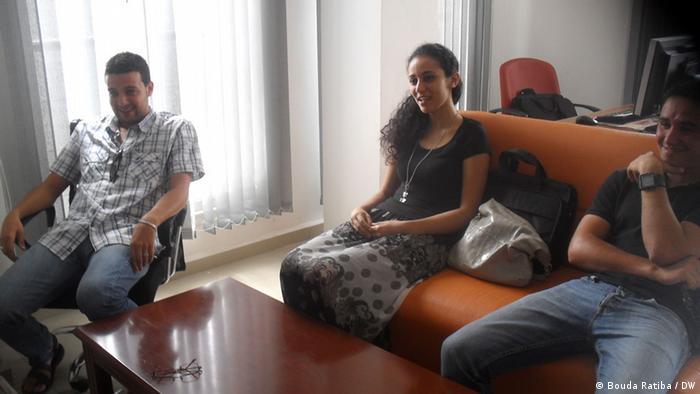 Auf dem Bild:  Junge Menschen im Internetcafe in Algier, Algerien. Juli 2012.  Foto: Bouda Ratiba / DW