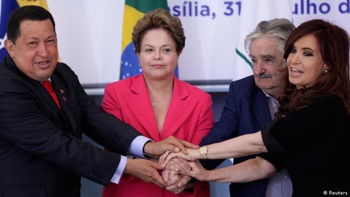 Tras la suspensión de Paraguay, los otros socios del Mercosur admitieron a Venezuela, entonces regida por Chávez.