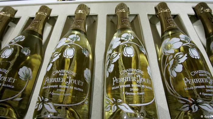 Garrafas de champanhe de luxo na França