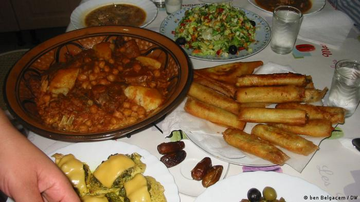 Ramadan in Tunesien 2012 (ben Belgacem / DW)