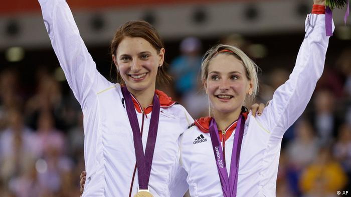 Miriam Welte (l.) und Kristina Vogel