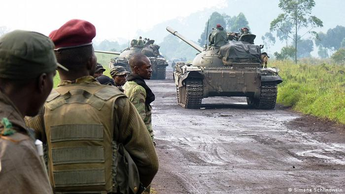 Soldiers with a tank in DRC. Photo: Simone Schlindwein
