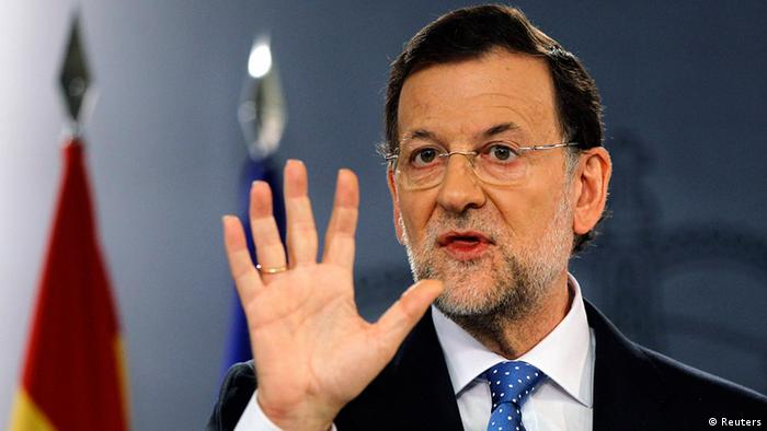 Spain's Prime Minister Mariano Rajoy gestures during a news conference at Madrid's Moncloa Palace August 3, 2012
