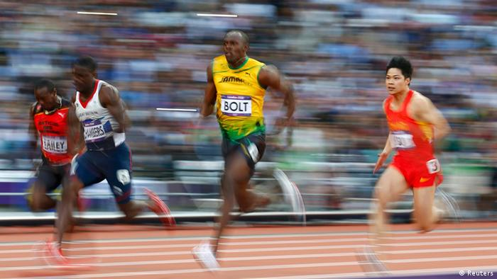 Usain Bolt bei seinem 100-Meter-Sprint in London (Foto: REUTERS)