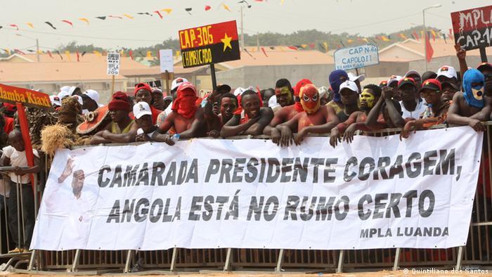 MPLA eröffnet Wahlkampf in Angola - Anhänger der Regierungspartei (Quintiliano dos Santos)