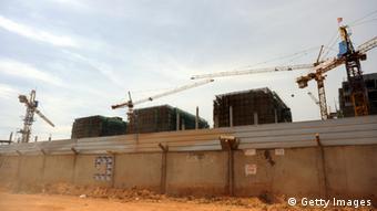 Entre 2004 e 2008, Angola alcançou um dos maiores crescimentos econômicos na África, o que resultou em investimentos no país...