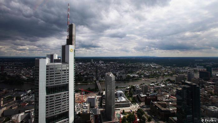 Commerzbank Frankfurt Übersicht Bank Turm (Reuters)