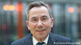 O πρόεδρος του Συνδέσμου Didacta καθηγητής κ. Βασίλειος Φθενάκηςδιαθέτει πολυετή εμπειρία στη διαμόρφωση εκπαιδευτικών προγραμμάτων