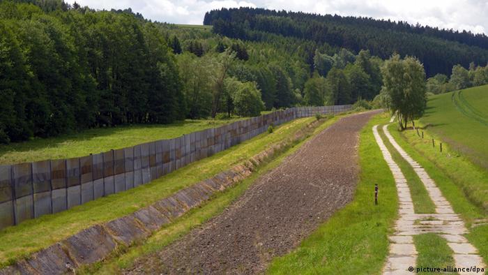 Так выглядела внутригерманская граница в районе Баварии