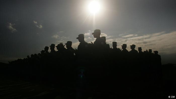 Ausbildung und Training von afghanischen Polizisten in Herat Afghanistan
