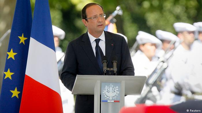 France's President Francois Hollande delivers a speech on August 11, 2012. (REUTERS/Robert Pratta)