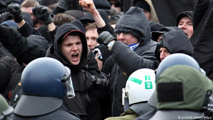 Neo-Nazis yell at police during 2010 demonstration in Dresden Photo: Jan Woitas dpa/lsn +++(c) dpa - Bildfunk+++