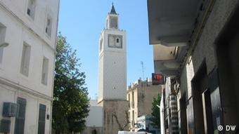 Bab Aljazeera Street mosque,Tunisia (photo: khaled Ben Belgacem)