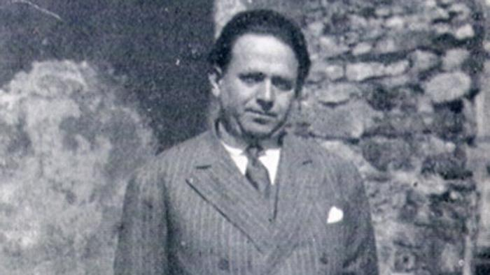 Kurt Tucholsky pictured in Paris, 1928