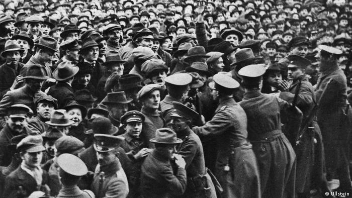 Demonstrations outside the Reichstag in 1920