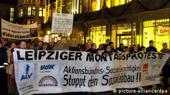 Montagsdemo in Leipzig (picture-alliance/dpa)