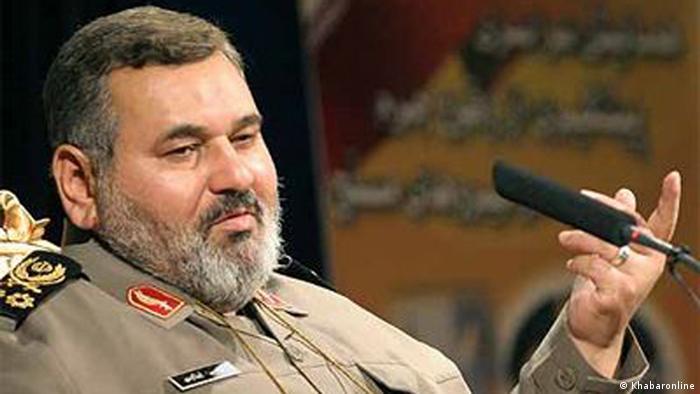 سرلشکر حسن فیروزآبادی، از سمت ریاست ستاد کل نیروهای مسلح برکنار شد