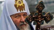 Russland Kirill Patriarch mit Kreuz