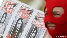 Protest in Prag gegen Prozess Pussy Riot in Moskau Russland