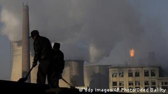 A coal fired power station in China ddp images/AP Photo/Oded Balilty