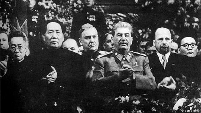 70. Geburtstag Stalins mit Mao Zedong (gemeinfrei)
