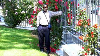 Bartolomeu Capita é membro do MNC. Ele está exilado na Suiça