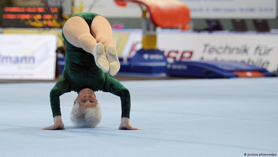 Resultado de imagen para Abuela gimnasta