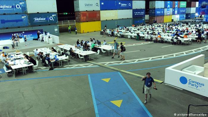 El Campus Party tiene lugar en el aeropuerto Tempelhof de Berlín.