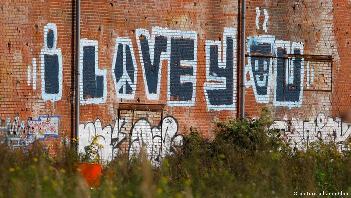 Graffiti Liebe Berlin (picture-alliance/dpa)