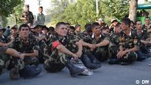 Soldaten der regulären tadschikischen Armee in Bergbadachschan - Bergprovinz Badachschan (Tadschikistan). Foto: DW-Korrespondent Galim Fashutdinow Datum: Juli 2012