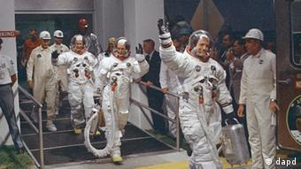 La tripulación del Apolo 11, camino a la gloria.