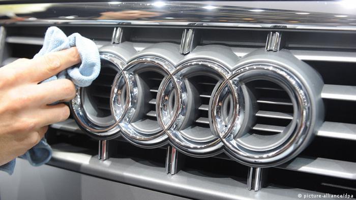 Автомобіль Ауді повернеться чеському власнику завдяки стрілянині у Мукачевому