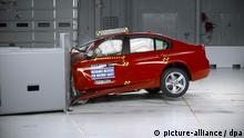 US Crash Test Auto PKW Deutschland +++ ACHTUNG EINSCHRÄNKUNG BEACHTEN+++