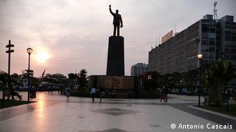 A campanha do partido no poder, MPLA, tem sido marcada por inaugurações