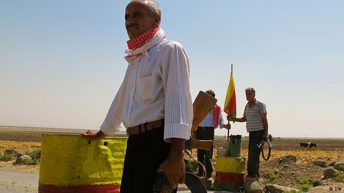 Syrian Kurd border guards Copyright: Karlos Zurutuza